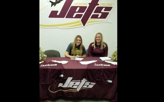 Madison Pluto Commits to Jackson College